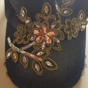 cant find Other - Hat